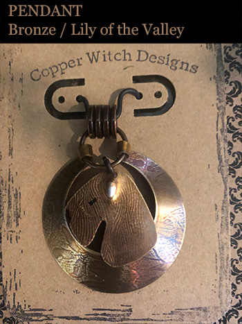 Wheaten Pendant (Bronze/Lily of the Valley)